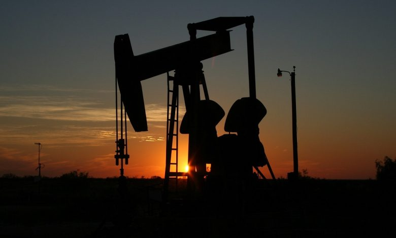 بررسی اقتصادی قراردادهای نفتی ایران (IPC)